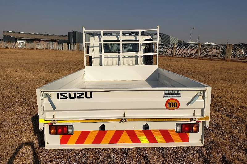 2021 Isuzu  NPS 300 4x4 Crew Cab - ABS