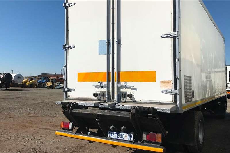 Isuzu 2015 Isuzu FTR850 fridge truck Refrigerated trucks