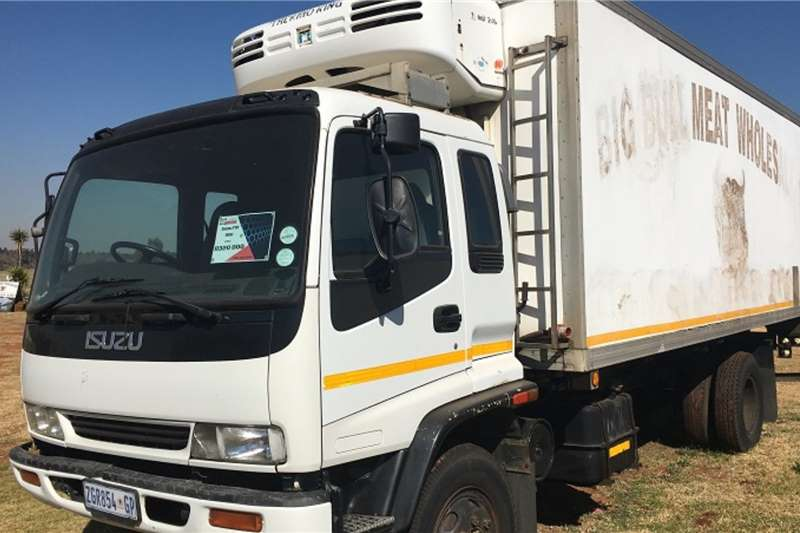 Isuzu Refrigerated trucks FTR800 2001