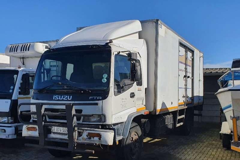 Isuzu FTR800 Refrigerated trucks