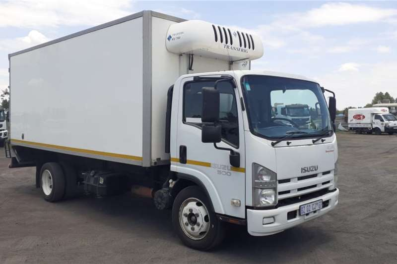 Isuzu Refrigerated trucks ISUZU NQR 500 VAN BODY 2012