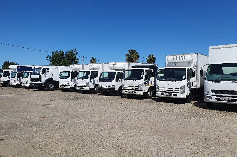 Isuzu Refrigerated trucks NPR400 2014
