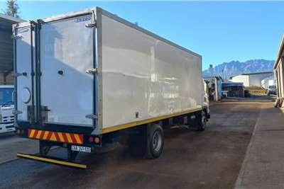 Isuzu 850 WITH COOLER BODY Truck