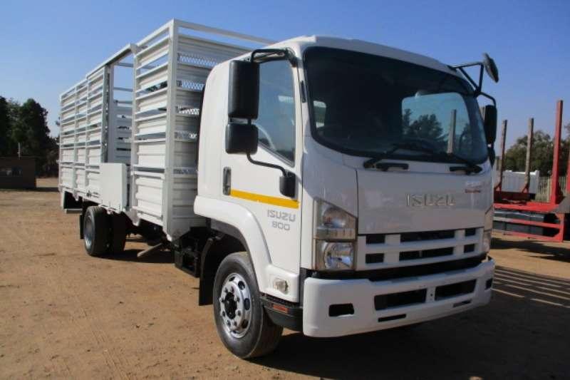Isuzu Truck Cattle Body ISUZU FSR800 CATTLE BODY 2017