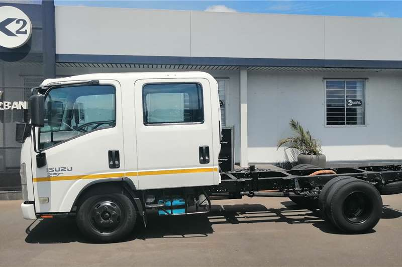 Isuzu Truck Chassis cab 2015 NMR 250 AMT Chassis Cab 2015