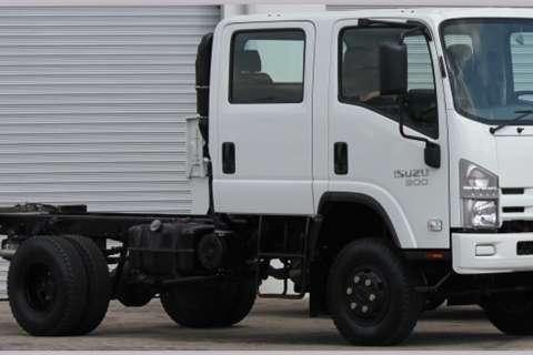 Isuzu Truck Chassis cab NEW NPS 300 4x4 Crew Cab SWA 2019