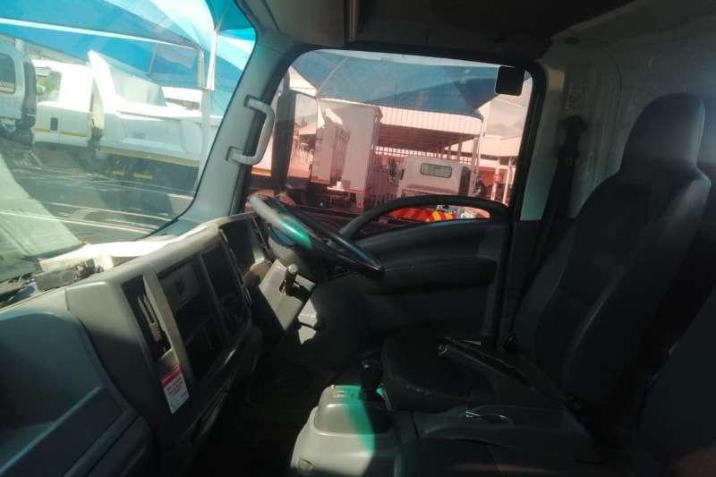 Isuzu Chassis cab NPR 400 AMT Truck