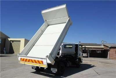 Isuzu Chassis cab NPR 400 SWB 3m3 Dropside Tipper Truck