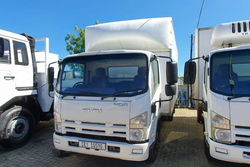Isuzu Truck Closed body NQR 500 CLOSED BODY 2016