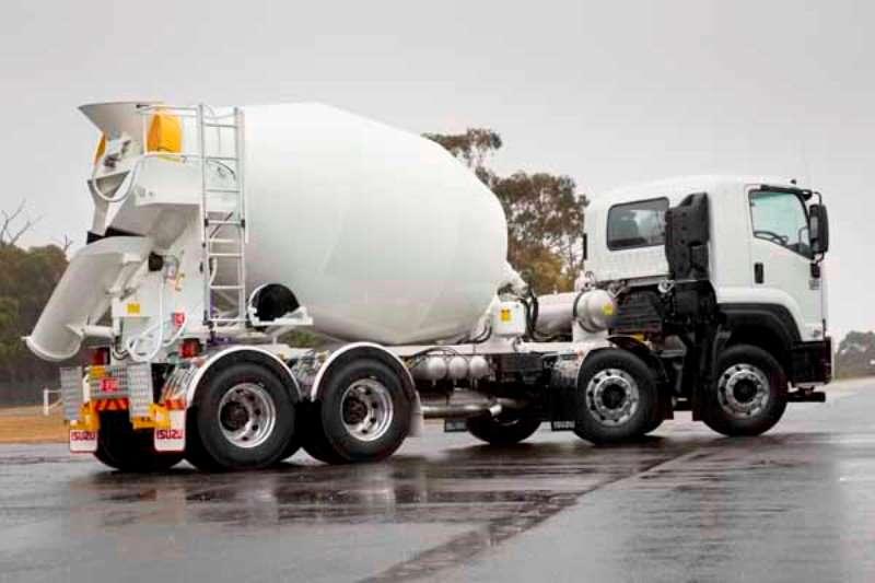 Isuzu Truck Concrete mixer FYH 33 360 Mixer 2019