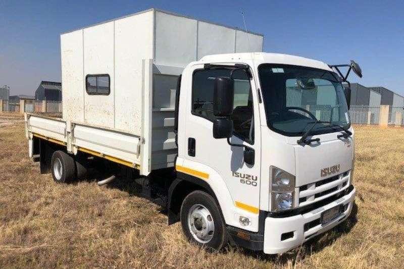 Isuzu Truck Curtain side FRR 600 AMT 2017