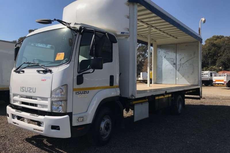 Isuzu Truck Curtain side FRR600 Curtain Side 2015
