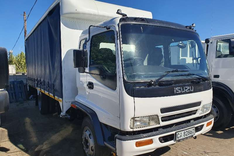 Isuzu Truck Curtain side FSR 700 TAUTLINER 6.2M 2005