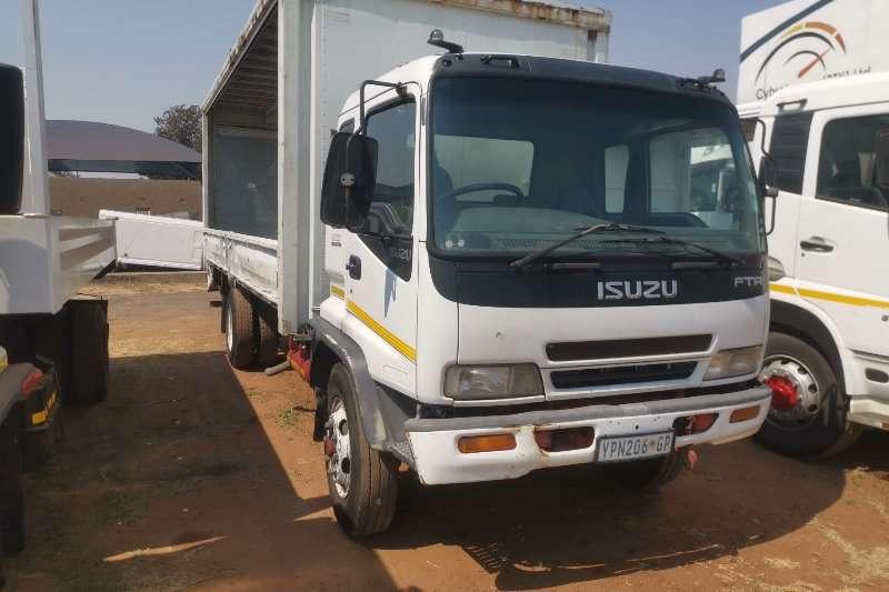 Isuzu Truck Curtain side FTR800 2004