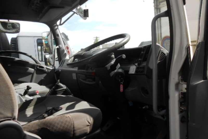 Isuzu Curtain side FVM1200 Truck