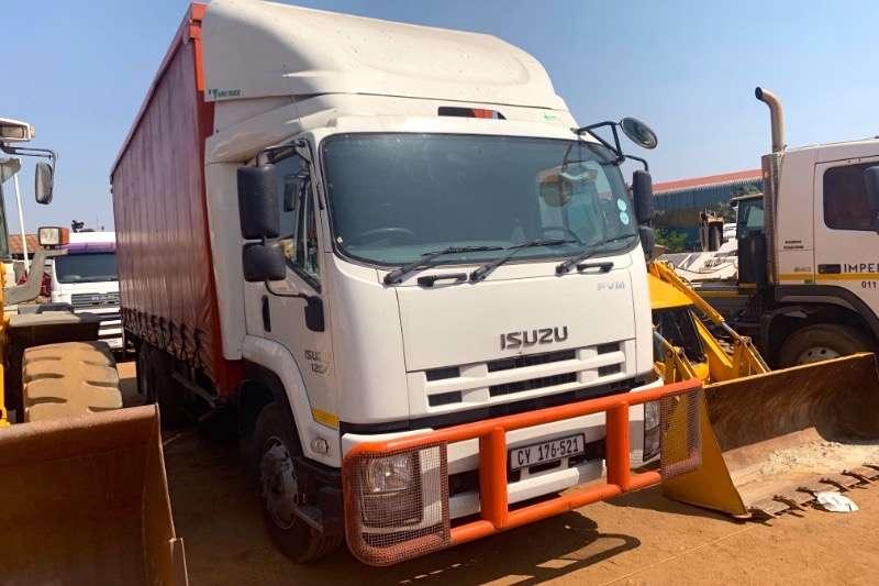 Isuzu Truck Curtain side FVM1200 2017