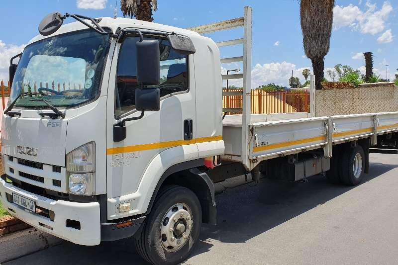 Isuzu Truck Dropside FSR800 2014