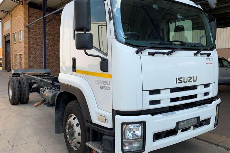 Isuzu Truck Dropside FTR 850 F/C Drop side or Van Body 2014
