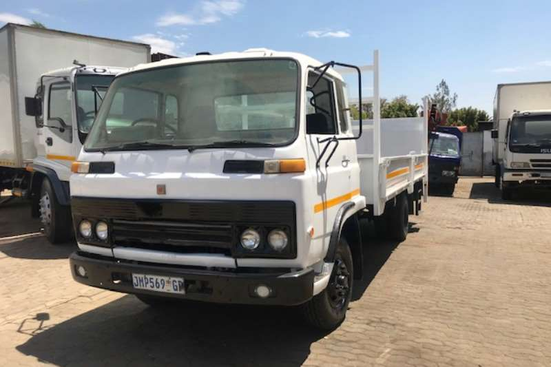Isuzu Dropside Isuzu SBR Truck with Tail Lift Truck
