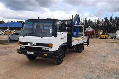 Isuzu F5000 + CRANE Truck
