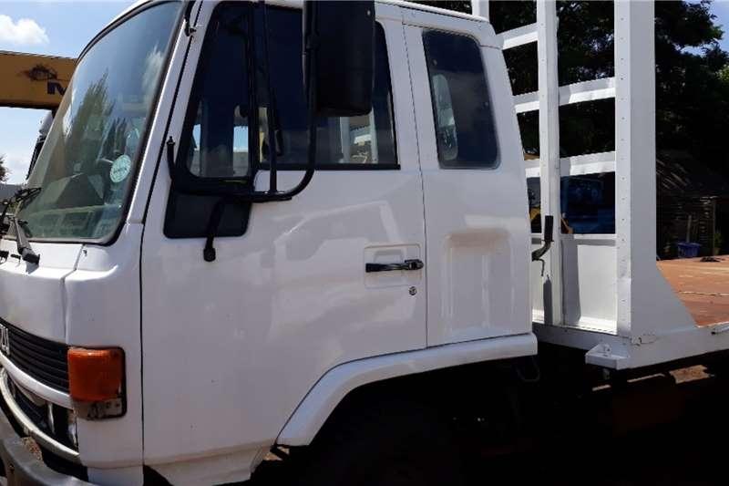 Isuzu Truck Flat deck ISUZU F500 FLAT DECK 8 TON ADE 366