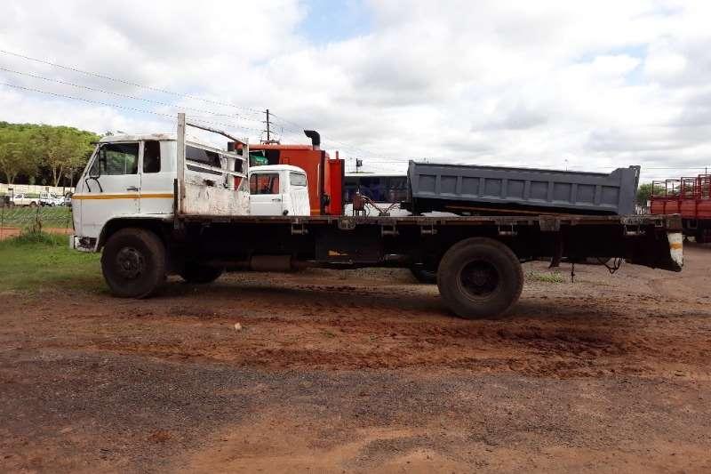 五十铃卡车平板甲板五十铃平板甲板8吨