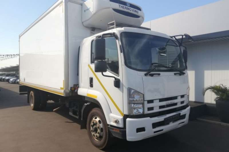 Isuzu Truck Fridge truck 2016 Isuzu FSR 800 Smoother AMT Fridge Body 2016