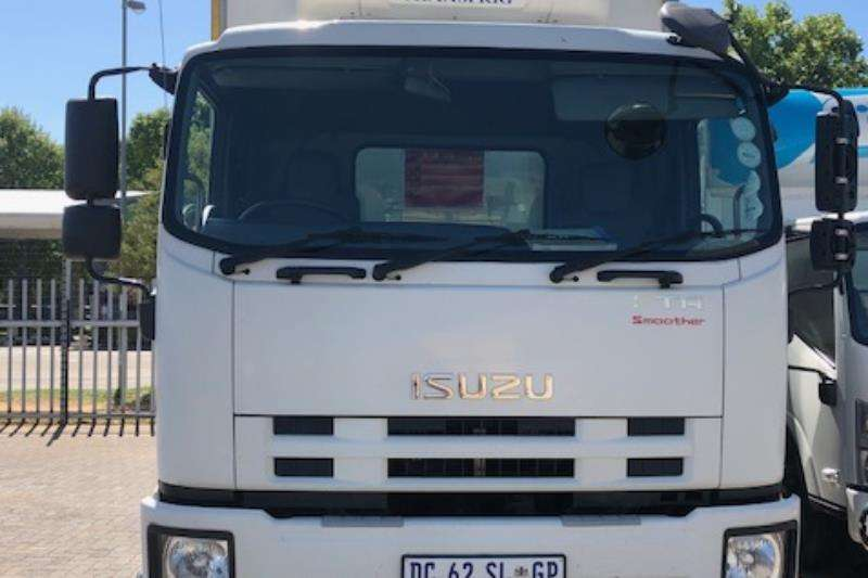 Isuzu Truck Fridge truck FTR 850 AMT 2014