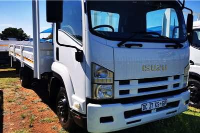 Isuzu FRR600 Truck
