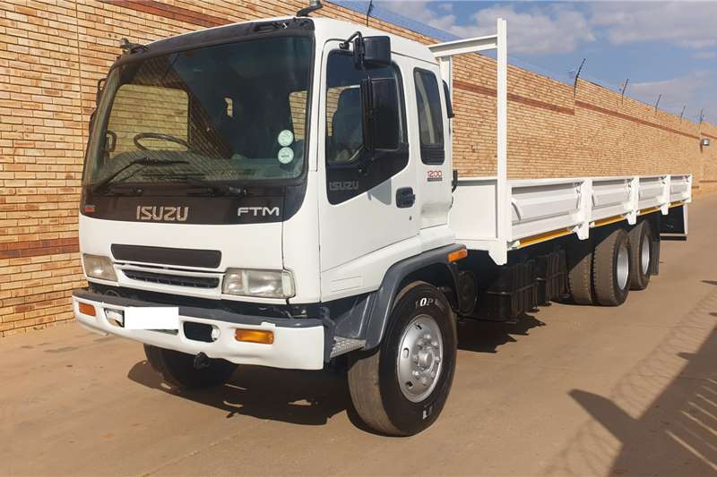 Isuzu Truck FTM1200,14 TON,6x2 FITTED WITH 8m DROPSIDE BODY 2005