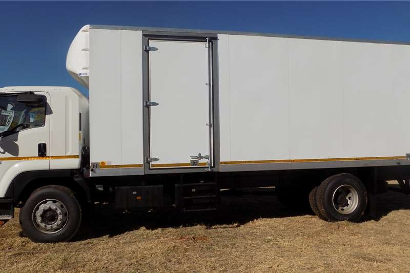 Isuzu FTR 850 Truck