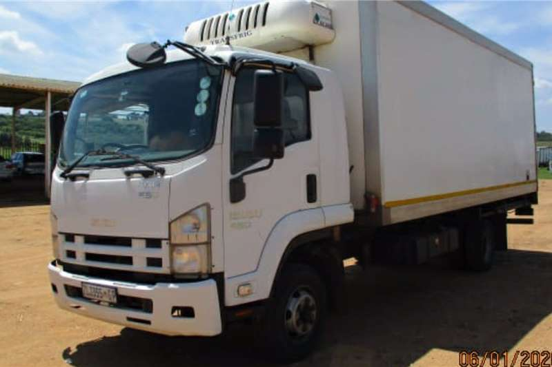 Isuzu Truck Insulated fridge unit FFR 550 2010