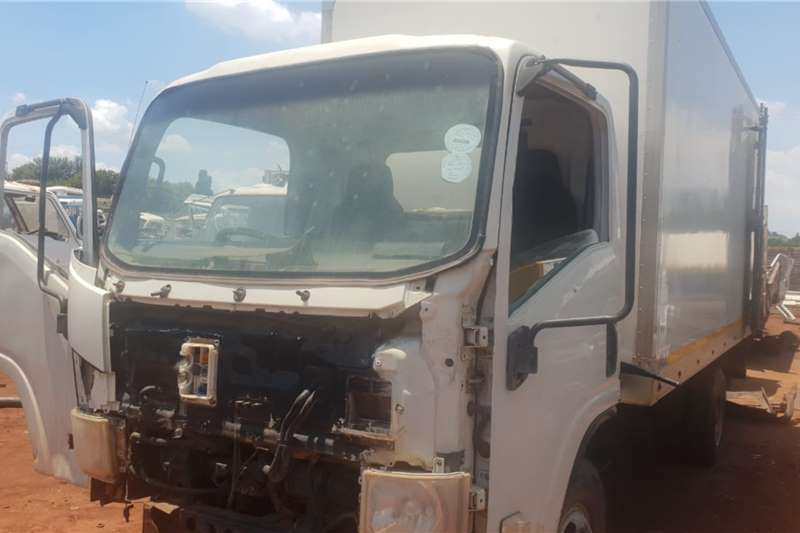 Isuzu Truck Isuzu NQR 500 Stripping for spares