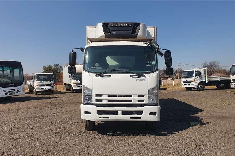 Isuzu Lowbed FSR 800 Fridge Truck