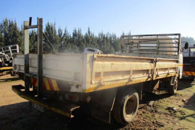 Isuzu N3500 Truck