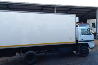 Isuzu N4000 COOLING UNIT Truck