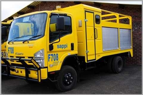 Isuzu NEW NPS 300 4x4 Truck