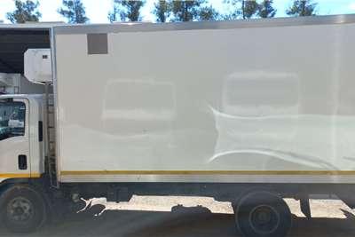 Isuzu NPR400 WITH KOOLTUBE 5HP Truck