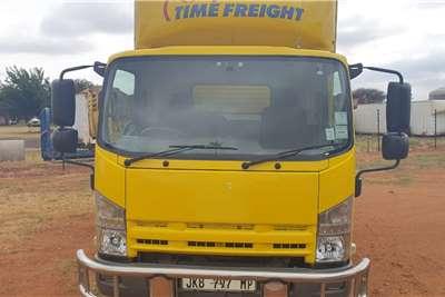 Isuzu NQR 500 VAN BODY Truck