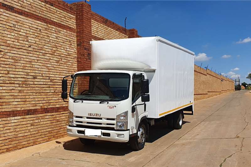 Isuzu Truck NQR500 AMT,5 TON,FITTED WITH VOLUME BODY 2018