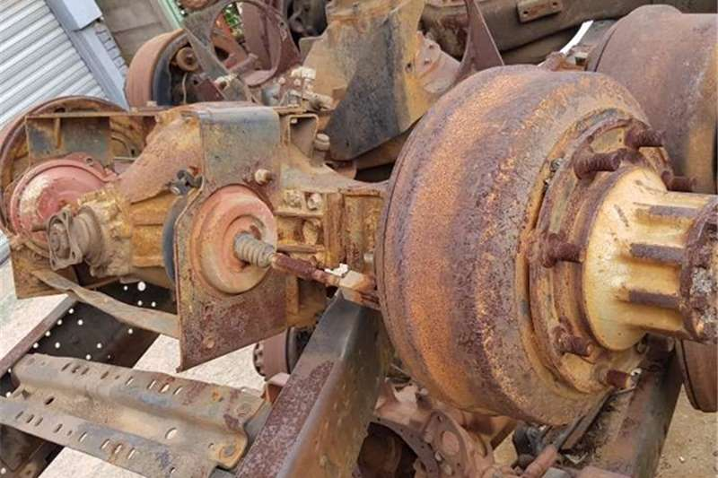 Isuzu Axles FRR500 DIFF Truck spares and parts