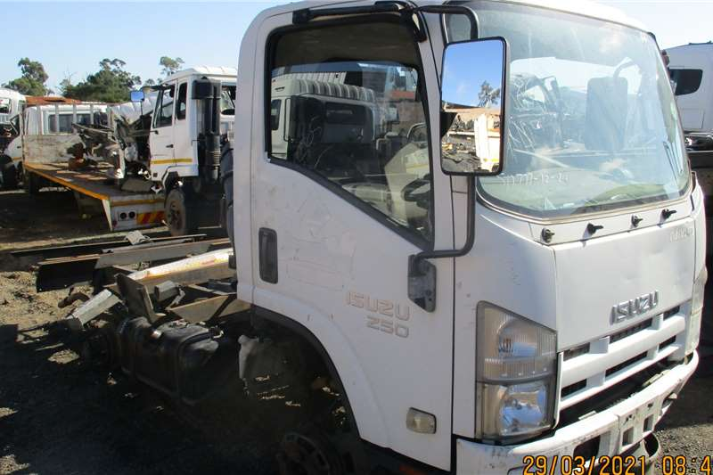 Isuzu Cab NMR250 STRIPPING FOR SPARES Truck spares and parts