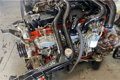 Isuzu Engines FTR800 6HE1 Truck spares and parts
