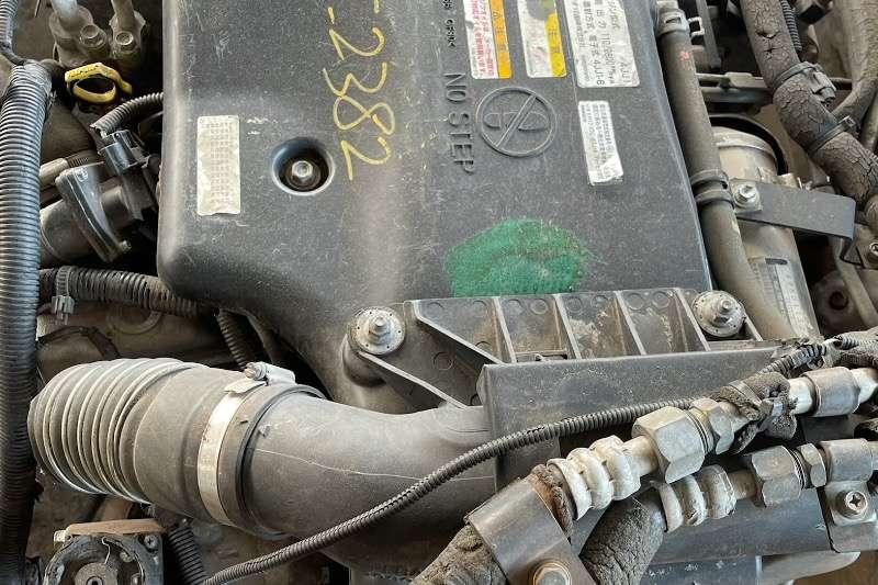 Isuzu Engines ISUZU 4JJ1 ENGINE Truck spares and parts