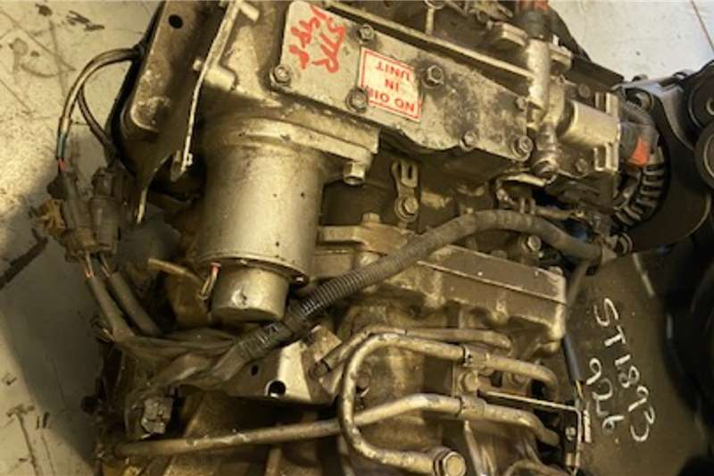 Isuzu Gearboxes 850 AUTOMATIC GEARBOX Truck spares and parts