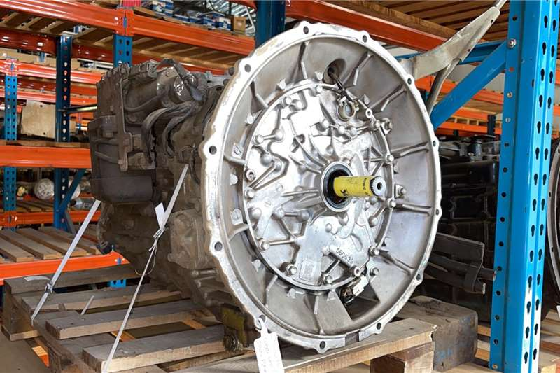 Isuzu Isuzu (AMT) FSR800 Used Gearbox Truck spares and parts