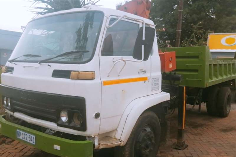 Isuzu Truck Tipper JCR500 Tipper with Crane