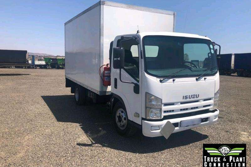 Isuzu Truck-Tractor Single axle 2009 Isuzu NPR300 2009