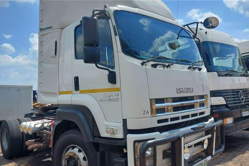 Isuzu Single axle 400 360 Truck tractors