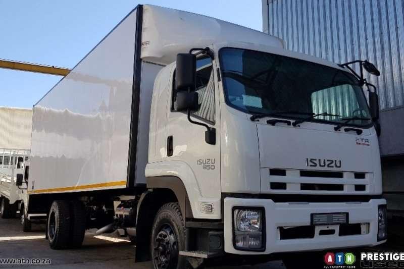Isuzu Truck Van body FSR 800 2019